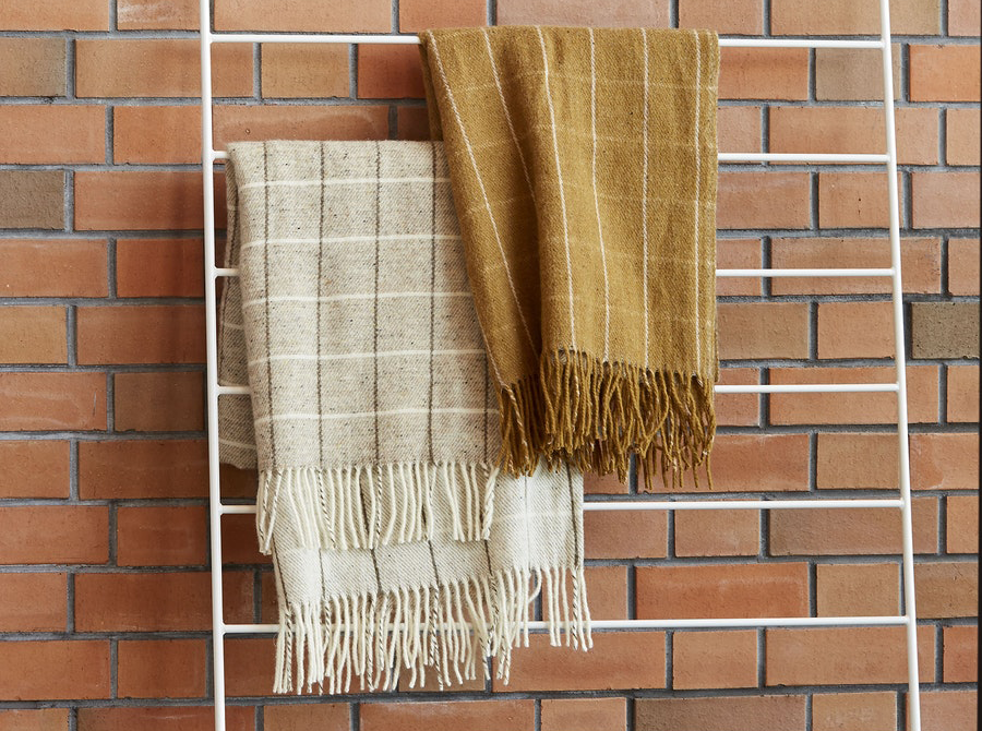 Grid Wool Throw w/Fringe – COLOUR OPTIONS AVAILABLE